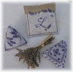 Lavandula angustifolia - Berlingots de Lavande n°1 & 3 - Petits points au jardin xxx
