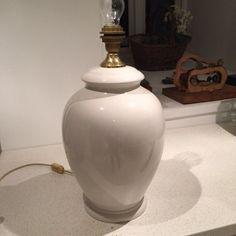 FINN – Bordlampe selges Offwhite, Vase, Home Decor, Decoration Home, Room Decor, Vases, Home Interior Design, Home Decoration, Interior Design