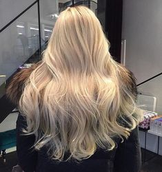 Loving these long soft curls and the shade of blonde!