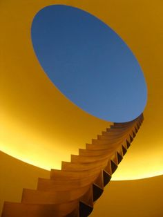 Roden Crater by James Turrell, Bronze stairs leading from inside the crater to the summit. Photo by Ed Krupp. James Turrell, Arte Digital Fantasy, Collage Kunst, Lights Artist, Light And Space, Stairway To Heaven, Art Plastique, Light Art, Installation Art