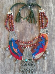 ethnic necklace contains silver alloy pendant of old Yemeni jewelry , Also contains silver alloy pieces .find it on  https://www.facebook.com/pages/Emzo-Art/1488028381454890