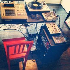 Black Milk's studio setup