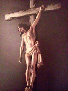 """In Spagna si venera un Crocifisso che ha il braccio destro schiodato e abbassato. Ai piedi di questa immagine di Gesù un giorno un peccatore ha confessato le sue colpe, ma il confessore esitava ad assolverlo. Lo ha poi perdonato ed ha aggiunto. """"Ma..."""