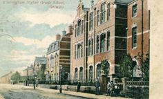 School looking towards East Marsh Street Eleanor Street, Grimsby, on June 23 when it was decorated for the coronation of George V. Scary Mary, Street Art, Street View, School Looks, Bathing Beauties, Art School, Old Photos, Archive, England