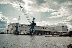 Das Bild Meyer Werft in Papenburg wurde von Christian Book im Jahr 2010 in Papenburg, Germany aufgenommen. Es entstand mit einer Canon EOS 1000D und dem Objektiv Canon EF-S 17-85mm 4 - 5,6 IS USM.