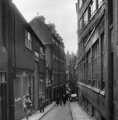 The story behind the 18 original streets which made up Birmingham Birmingham Uk, Slums, Peaky Blinders, Newcastle, Nostalgia, England, Street View, London, The Originals