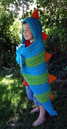 Snap, the Hooded Dragon Blanket Pattern, this is not a free pattern but looks simple enough to work out!
