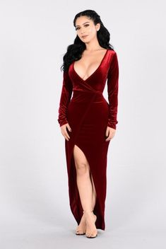 47 Velvet Dress Options That Will Make You Look Amazing e0963fd70136