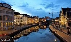 Gent is misschien niet de allerbekendste stad, maar zijn faam groeit wereldwijd. Het is een levendige stad waar voor iedereen wel iets te beleven valt. lees meer...