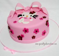 A very special pink fondant cake for a little girl with pink fondant bow and Hello Kitty fondant cut-out. Hello Kitty Theme Party, Hello Kitty Cake, Hello Kitty Birthday, Kitty Party, Cupcakes, Cupcake Cakes, Cricut Cake, Valentine Cake, Big Cakes