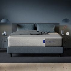 Sleep better in the award-winning Casper Original Mattress! Designed with layers of premium, breathable memory foam. Available in 6 sizes. Queen Memory Foam Mattress, Queen Mattress, Best Mattress, Cosy Bedroom, Bedroom Decor, Casper Mattress Reviews, Couches, Bedroom Ideas For Small Rooms Diy, King Size Pillows