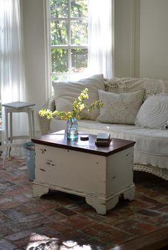 Cottage Fix blog - shabby chic sun porch
