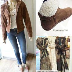 Peças de inverno lindas e confortáveis com jaqueta de camurça, calça jeans, bota com pelo e lenços, echarpes e cachecóis, não podem faltar!
