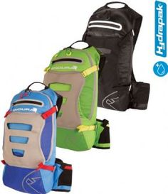 Endura Singletrack Backpack With Hydrapak Lightweight trail essentialLightweight constructionPre-shaped lightweight perforated foam shoulder strap construction provides comfort and ventilationMesh covered 3D foam back panel construction for s http://www.MightGet.com/april-2017-1/endura-singletrack-backpack-with-hydrapak.asp