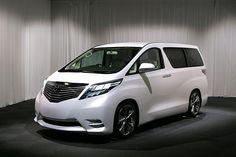 Toyota Alphard Hybrid: for the kids #schoolbus