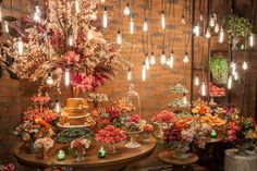 The decorated Wedding Cake Tables are an essential part of any wedding party as it is responsible for providing style and beauty in the event. Boho Wedding, Summer Wedding, Rustic Wedding, Dream Wedding, Wedding Day, Wedding Blog, Wedding Dress, Candybar Wedding, Wedding Colors