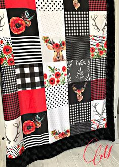 ***Options*** Please read carefully!! Deer in love faux quilt. You choose backing. Minky blankets are minky on both sides. Check shop info for turnaround time. Minky Baby blanket - Measures approximately 28x38 inches. Great for strollers, car seats, swaddling etc Minky Toddler/Crib -