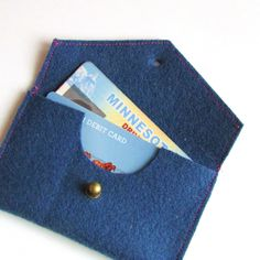 DIY: travel wallet