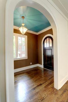 family room walls auf pinterest | schokoladenbraune wänden, Wohnzimmer dekoo