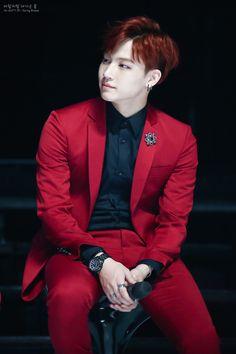 Get well soon Im Jaebum! Youngjae, Jaebum Got7, Kim Yugyeom, Mark Bambam, Got7 Jb, Mark Tuan, Woozi, Lee Min Ho, K Pop