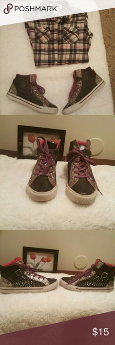 Sparkle shoes Blue jeans type material with black leather toe. Silver sparkle accents and purple laces Shoes Sneakers