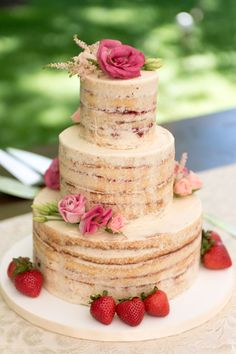 Baker: Celebration Cakes /  Photo: Audra Photography