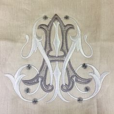 Gorgeous vintage cipher monogram | Boxwood Linens