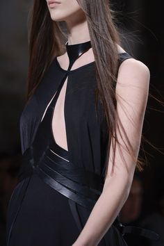 SPRING 2013 READY-TO-WEAR Ann Demeulemeester
