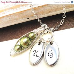 Christmas In July Sale Petite Peas In A Pod by ThePeasInAPodShop, $19.80