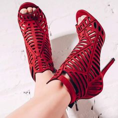 Shoespie Elegant Red Cut Out Back Zipper Dress Sandals