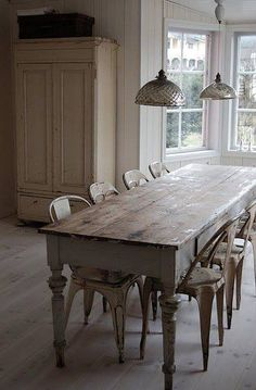 New Orleans Homes Lifestyles Magazine Farmhouse Tables Are A Rustic Style Of Furniture Often Seen In The Countryside France