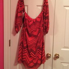 Rachel Kate boutique dress size large Picture does not do justice to the dress. It is off the shoulder with a perfect bow in the back. Red/black Rachel Kate Dresses