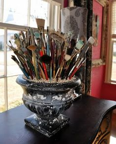 cool way to display art brushes