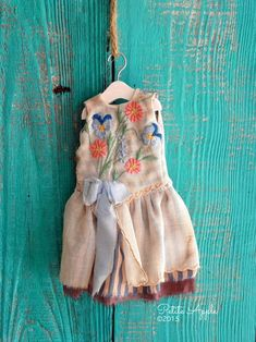 Blythe doll outfit *Spring bouquet* OOAK vintage embroidered dress