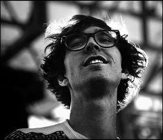 Erlend Øye of The Whitest Boy Alive and Kings of Convenience Kings Of Convenience, Character Of A Person, Make My Trip, Glamour Shots, Post Punk, Mens Glasses, White Boys, Pop Culture, Singing