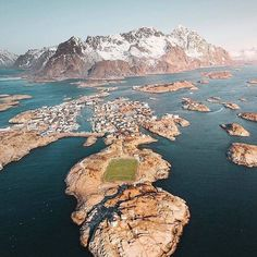 Norway's Lofoten Islands. During the winter, you can see orcas and other whales coming through. But any time of year we think this stunning landscape is worth a visit 😍📸@by yantastic .⠀ .⠀ . . . #lofoten #lofotenislands #norway #visitnorway #landscapephotography #naturephotography #scandinavia  #Regram via @BwPoaE5g7bi