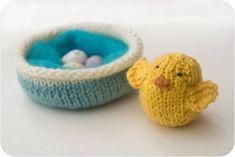 Comment ... Tricoter un nid et poussin (Pattern & Guest Post)