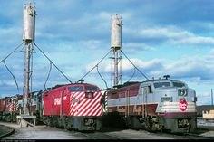 Net Photo: CP 4095 Canadian Pacific Railway MLW at Scarborough, Ontario, Canada by Ian Stronach Location Map, Photo Location, Scarborough Ontario, Canadian Pacific Railway, Train Engines, Lighthouse, North America, Trains, Diesel