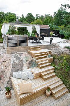 Sloped Backyard, Backyard Makeover, Outdoor Furniture Sets, Outdoor Decor, Pergola Patio, Outdoor Areas, Hygge, Garden Inspiration, Outdoor Living
