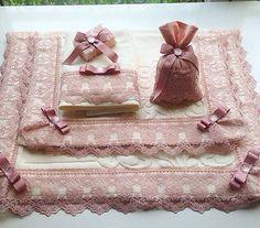 Krem pudra banyo takımı Motifs Islamiques, Muslim Prayer Mat, Personalized Dog Beds, Handmade Gifts For Friends, Crochet Girls, Ribbon Work, Silk Ribbon Embroidery, Diy Pillows, Throw Pillows