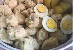 Resep dan bahan-bahan yang dibutuhkan untuk membuat siomay Snack Recipes, Dessert Recipes, Cooking Recipes, Snacks, Siomai, Asian Recipes, Ethnic Recipes, Indonesian Food, Indonesian Recipes
