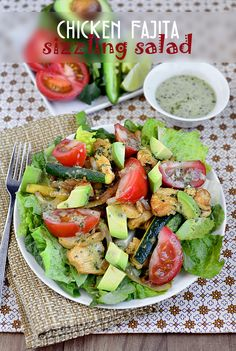 Chicken Fajita Sizzling Salad with Cilantro-Lime Vinaigrette via @Iowa Girl Eats