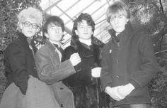 1976 aus         wurde U2