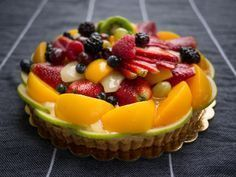 Looking for Fast & Easy Dessert Recipes, Healthy Recipes! Recipechart has over free recipes for you to browse. Find more recipes like Fruit Frenzy Tart. Easy Desserts, Delicious Desserts, Dessert Recipes, Eclairs, Cannoli, Tart Recipes, Sweet Recipes, Dessert From Scratch, Mousse