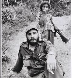 Fidel Castro with a child guardian  Fidel Herrera Beltrán, fidelherrerabeltran…