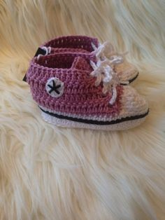 Kosetøfler til baby Baby Shoes, Converse, Shopping, Clothes, Fashion, Outfits, Moda, Clothing, Fashion Styles