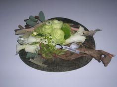 tafeldeco - witte creatie op leisteen - flowered by falenopsis boechout