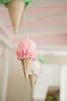 Hannahs Ice Cream Parlor Party!  Read more - http://www.stylemepretty.com/living/2014/03/06/hannahs-ice-cream-parlor-party/