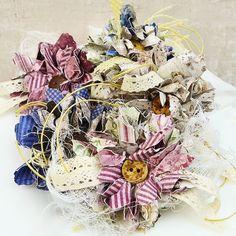 Frilly and Funkie: Saturday Step by Step: Wildflowers in Winter Diy Cards Tutorial, Rose Tutorial, Paper Flower Tutorial, Silk Rose Petals, Flower Petals, Bead Crafts, Paper Crafts, Paper Art, Shabby Chic Cards