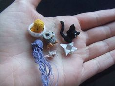 mini amigurumi crocheted animals...seriously, I want to make some to keep in my purse